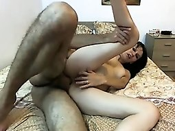Amateur Screaming Anal Sex