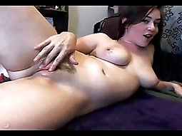 Beautiful Babe Has a Big Orgasm